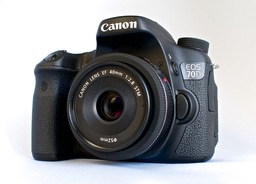 Canon EOS 70D with 40mm STM Lens