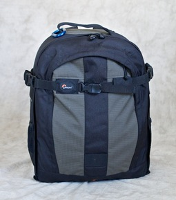 my-lowepro-bag.jpg