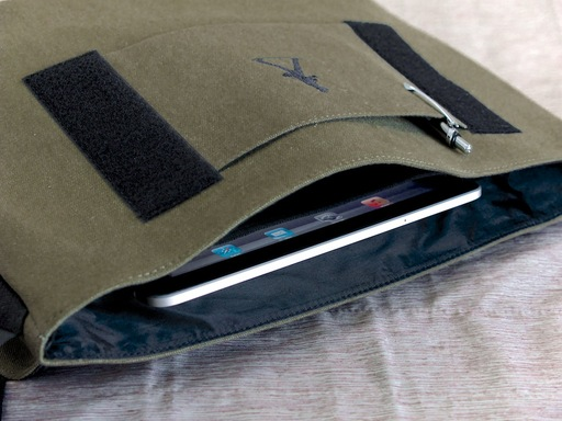 iPad Pocket Inside the Nimble Messenger Bag